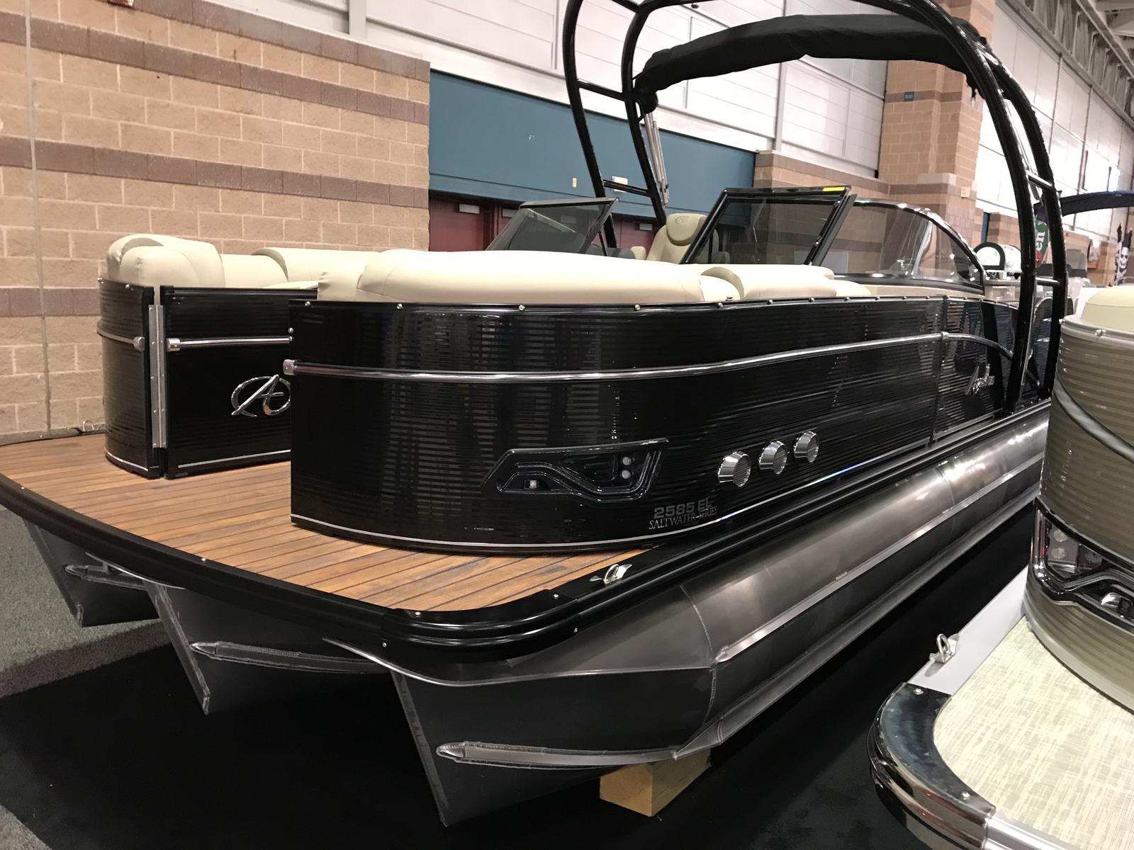 Avalon 2585 Catalina Platinum Elite Windshield Triple Pontoon