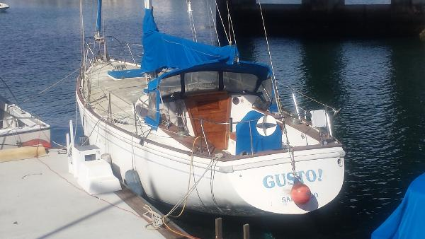 Columbia Yacht 43 Sloop Stern View