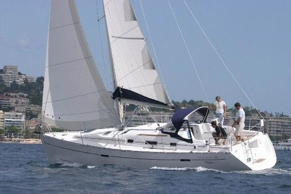 Beneteau Oceanis 43 Manufacturer Provided Image: Beneteau Oceanis 43