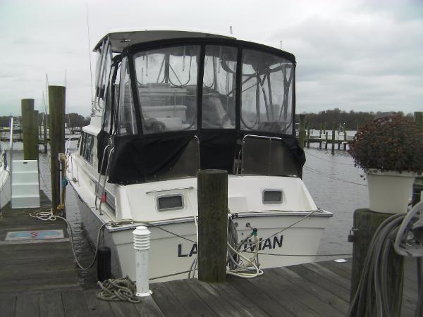 Silverton Motor Yacht 40' Silverton M.Y.