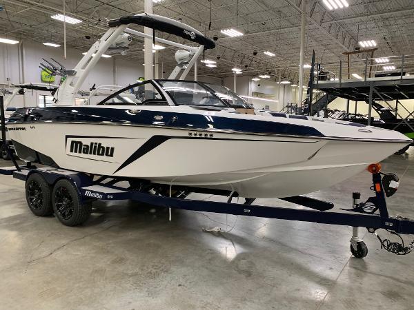 Malibu Wakesetter 22 LSV