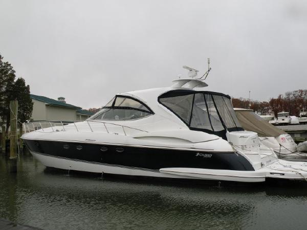 Cruisers Yachts 560 Express a MUST SEE