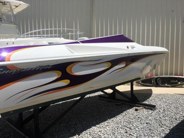 Sunsation Boats 32 DOMINATOR