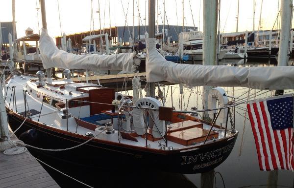 Hinckley Bermuda 40 MKII Port exterior