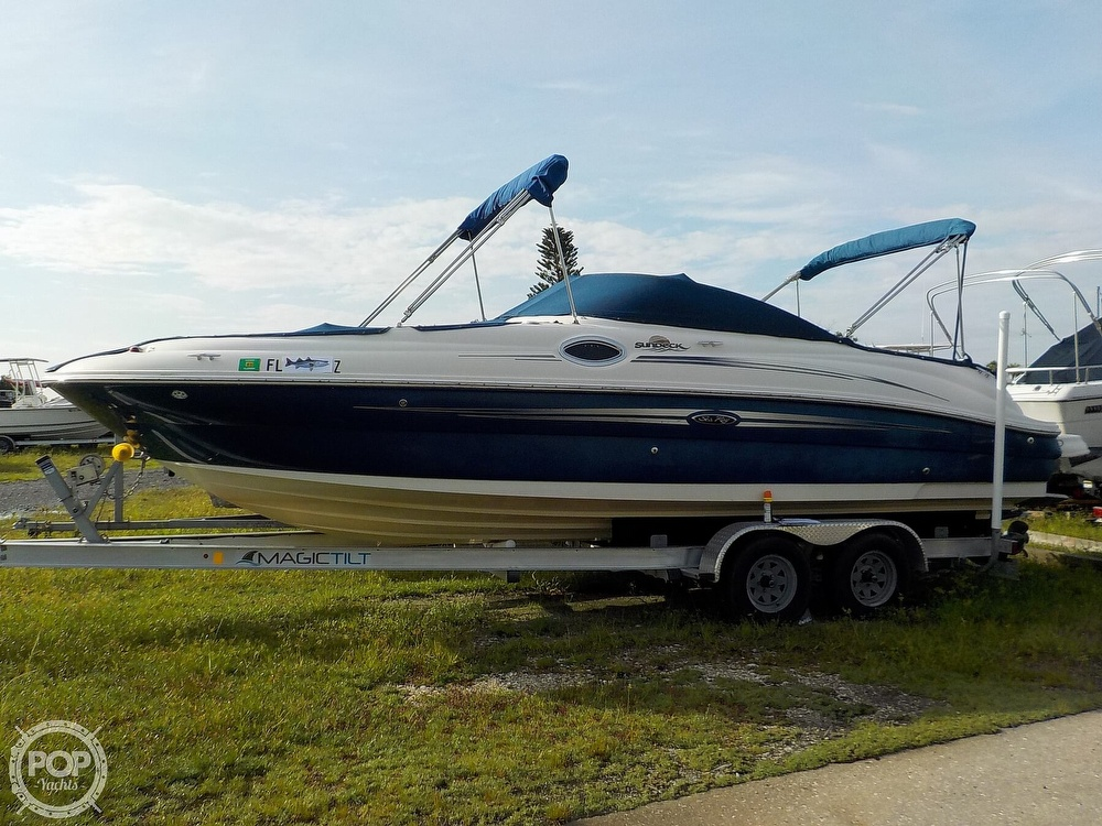 Sea Ray 240 Sundeck 2007 Sea Ray 260 Sundeck for sale in Ellenton, FL