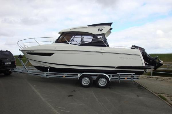 Parker 750 Cabin Cruiser DF300 ATX