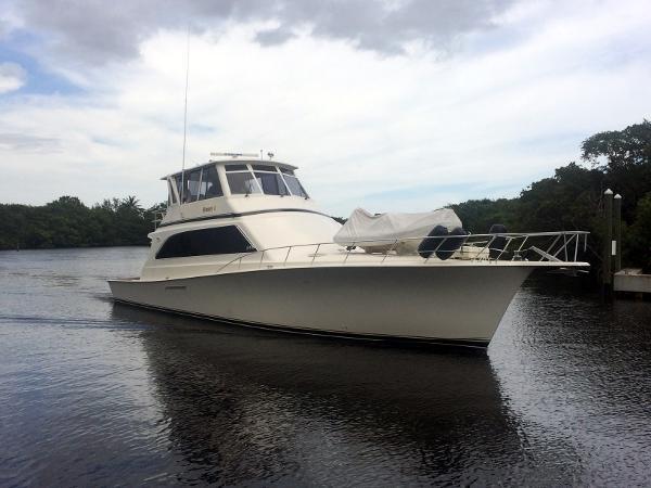 Ocean Yachts Profile