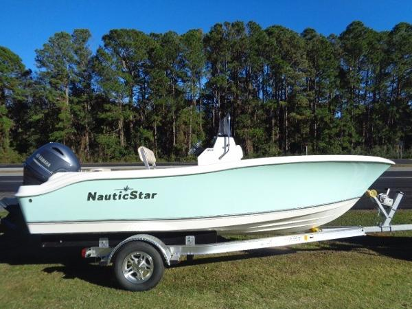 Nautic Star 1900XS Offshore