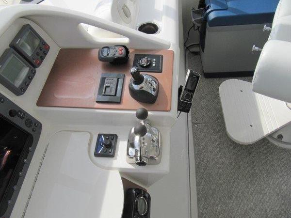 Volvo helm Electronics
