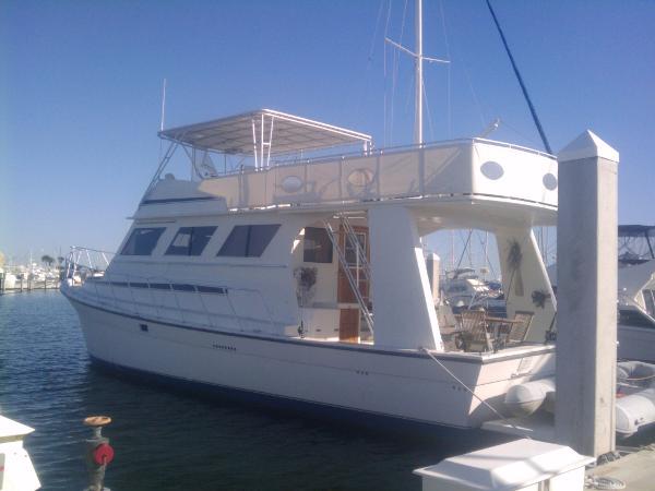 Bertram Defender 55 Motor Yacht - Owner Financing Avail