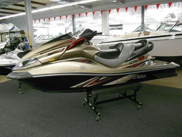 Kawasaki Jet Ski Ultra 300LX