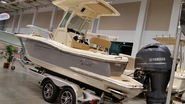 Scout Boats 225 XSF