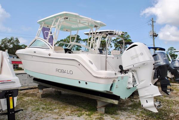 Robalo 247 Dual Console 2017-robalo-247-dual-console-bowrider-for-sale