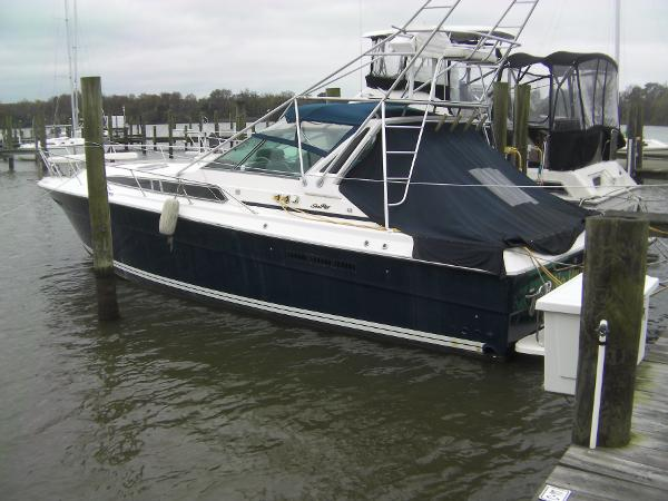 Sea Ray Express Cruiser 39' Sea Ray
