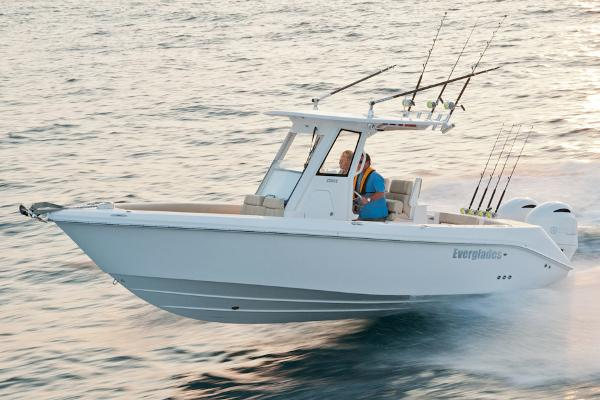 Everglades Boats 255 Center Console Manufacturer Provided Image