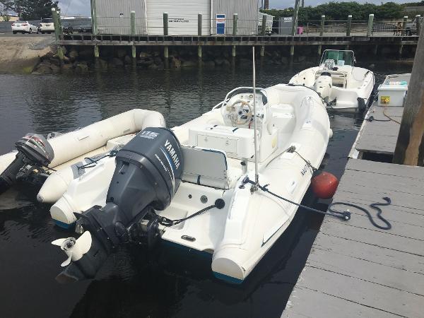 Nautica International 18 wide body