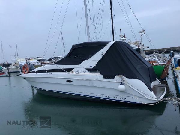 Bayliner 3055 Ciera 3055 Avanti Sub - 01