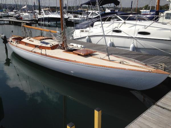 Classic Tumlare Bermudan sloop Classic Tumlare Bermudan Sloop