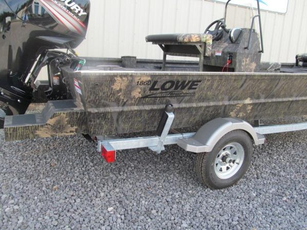 LOWE BOATS Hunting Roughneck 1860 CC