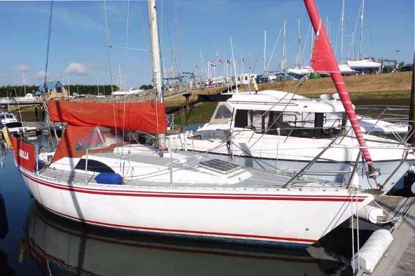 Starlight 30 In marina