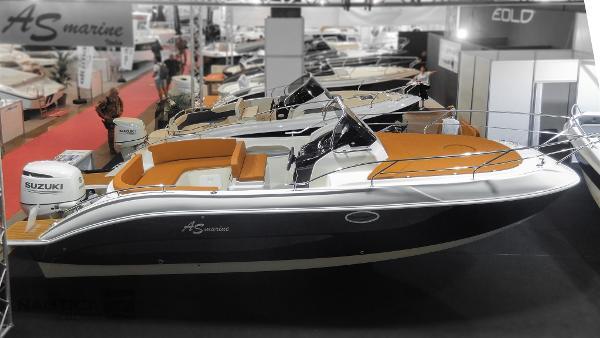 Eolo 25 GT (Novita) ASmarine25GT-03487.jpg