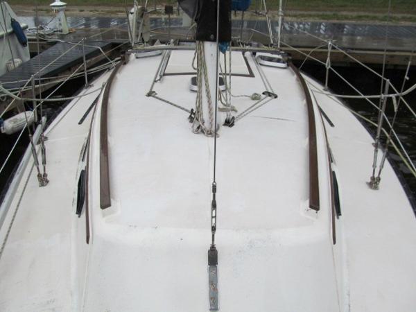 Bow Deck Aft