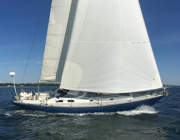 Nautor 40 Under Sail