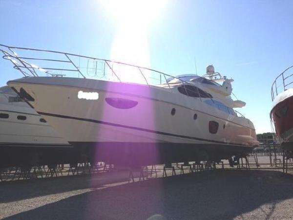 Azimut 68E Azimut 68 Evo - YEAR 2008 - Blu Yachts
