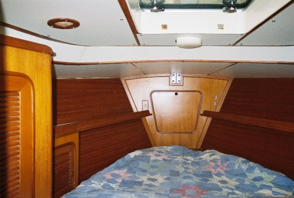Forward Guest Cabin