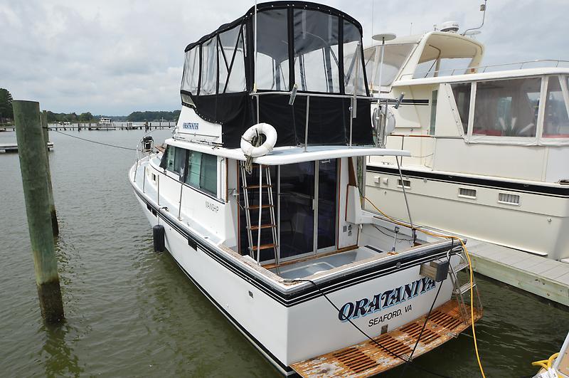 Mainship Trawler DSC_0281.JPG