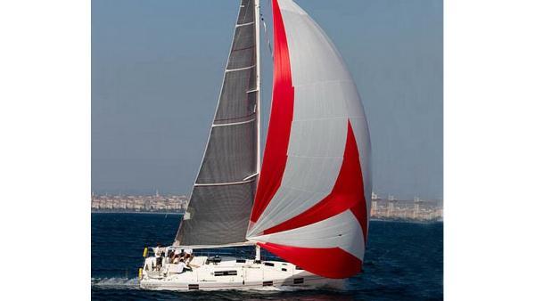 Azuree 40 Sailing Yacht