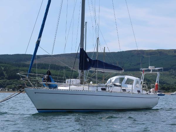 Custom Rush 44 Rush 44 - AYC Yachtbroker