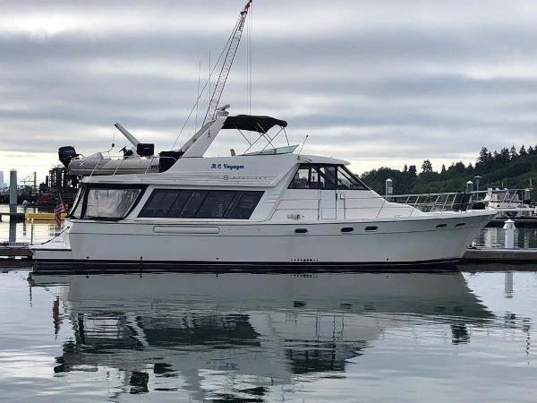 Bayliner 4788 Profile
