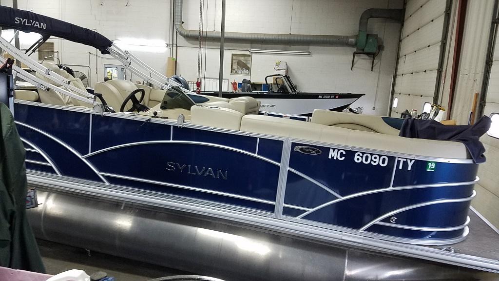 Sylvan Mirage 8522 Party Fish