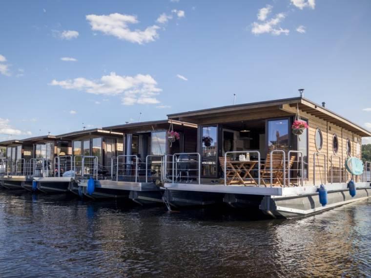 Nordic Houseboat Eco Wood 36m2