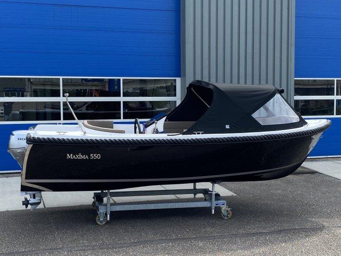 Maxima 550