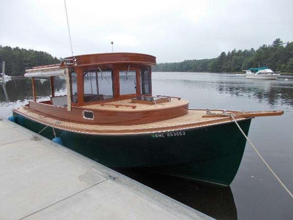 "Edgerly Pilothouse ""Pocket"" Cruiser Downeast Hull With Classic Top"