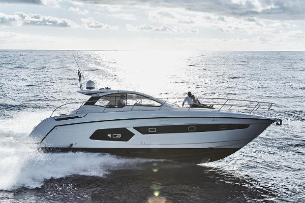 Azimut Atlantis 43 Manufacturer Provided Image