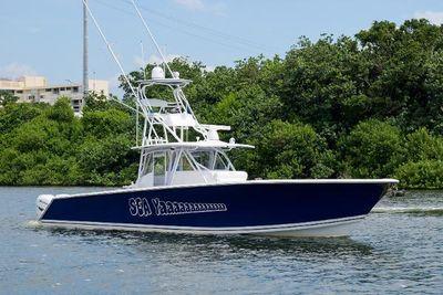Sea Hunter 45 center console