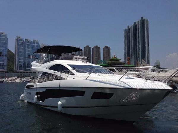 Sunseeker Manhattan 55 Profile