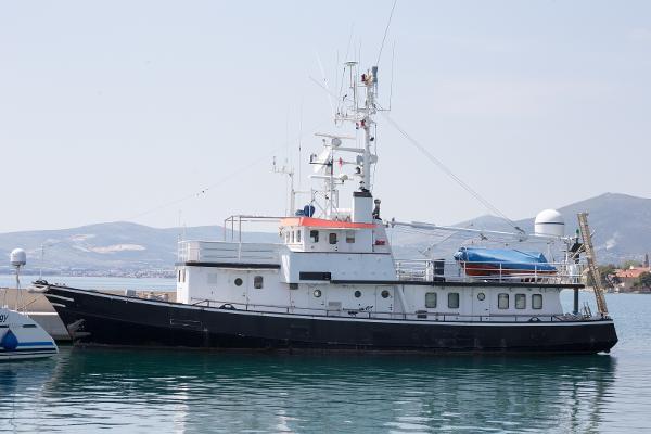 Lühring Brake Explorer Yacht