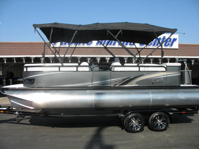 Avalon GS Cruise 23' W/Mercury 150 hp