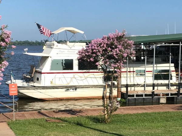 Harbor Master 470 Flybridge Main Profile Portside