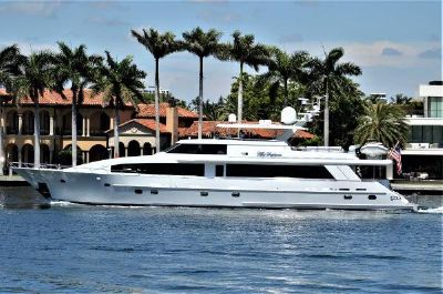 Crescent Raised Pilothouse