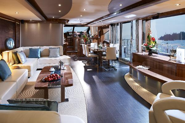 Sunseeker 28 M Yacht Interior