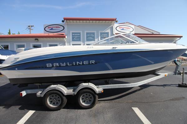 Bayliner 235 BR