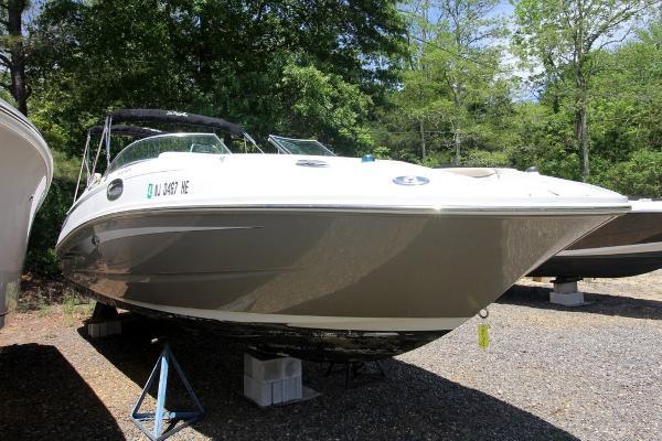 Sea Ray 280 Sundeck