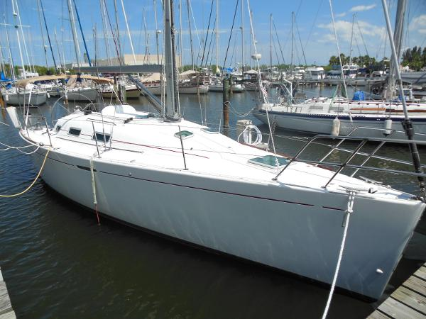 Beneteau 36.7 FIRST Starboard Profile