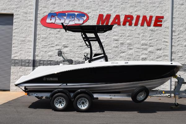 Yamaha Boats 210 FSH