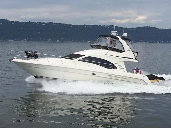 Sea Ray 44 Sedan Bridge Profile